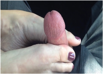 Incredibly Skillful Wife Giving Her Husband An Amazing Footjob